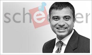 <strong>Vineet Sachdeva</strong>